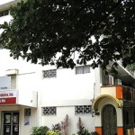 マニラで一日12時間の授業を行う老舗英語学校